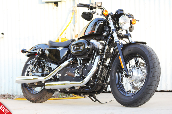 2012 Harley-Davidson Sportster 48 Road Test Review_20