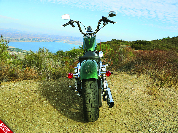 2012 Harley-Davidson Sportster 72 Road Test Review 36